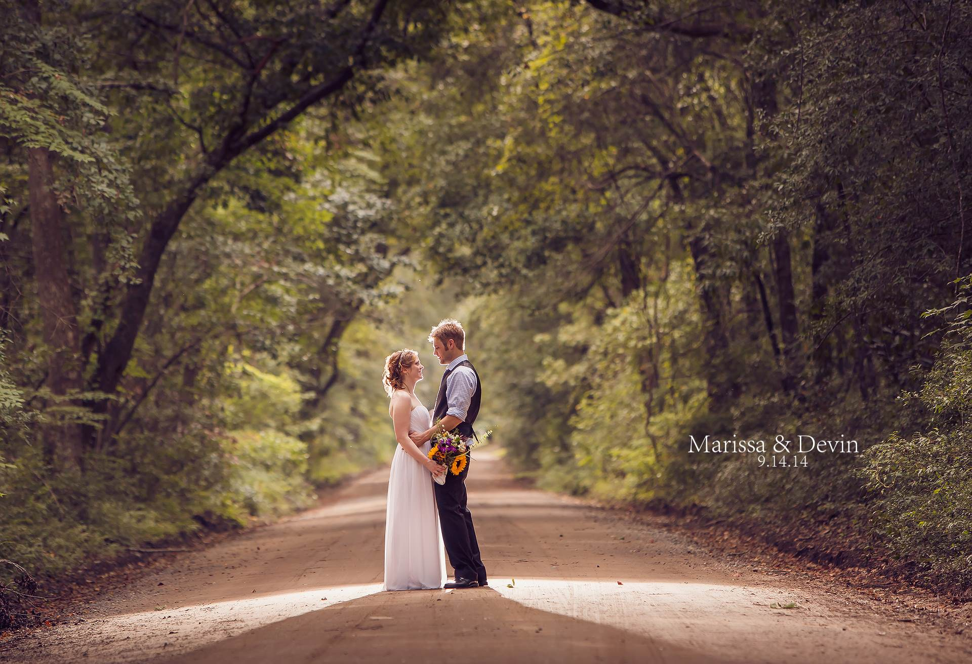 Wedding Photography At Angel Oak And Reception Poogan S Poarch Downtown Charleston