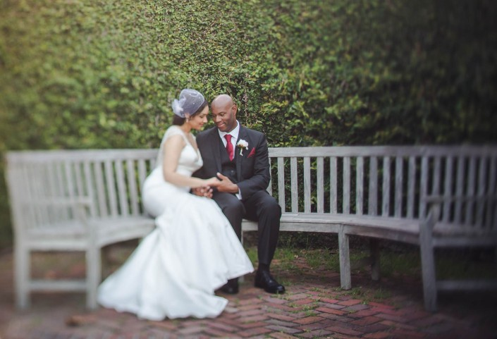 Ivy wall bride and groom, wedding
