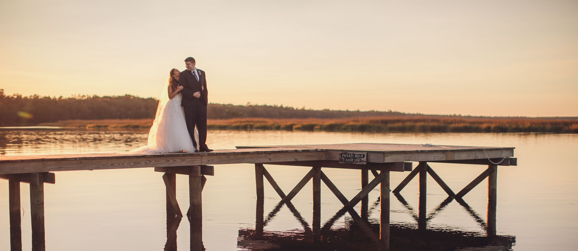 bride-and-groom-on-the-dock