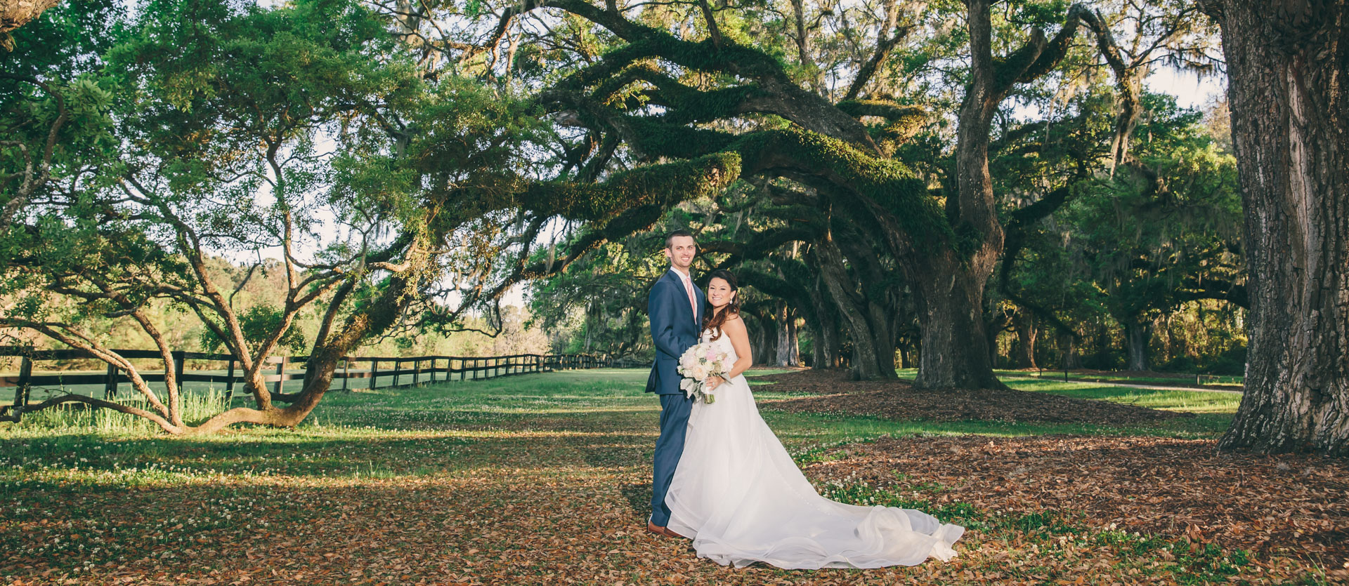 Boone Hall Bride and Groom